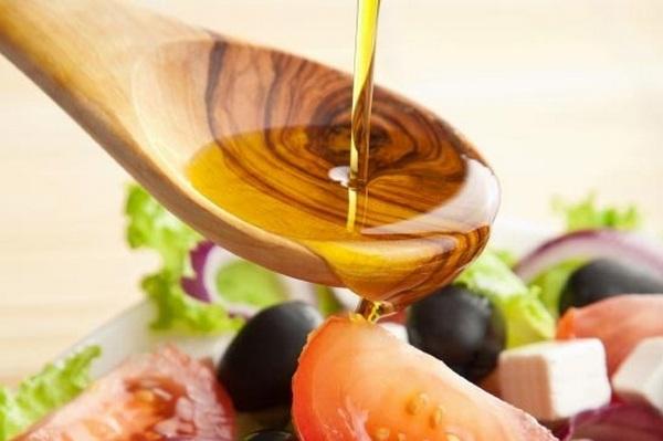 Применение льняного масла в пищу
