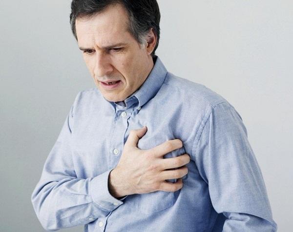 silnaya-potlivost-vsego-tela-u-muzhchin-iz-za-bolezni
