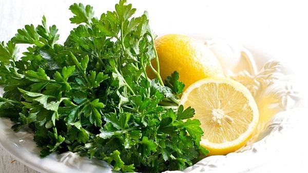 Для похудения петрушка с лимоном