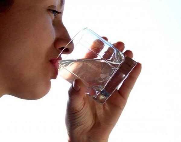 voda-dlya-vyzyvaniya-rvoty