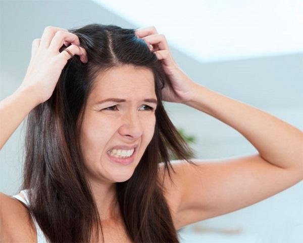 Причина повышеной потливости у женщин стресс
