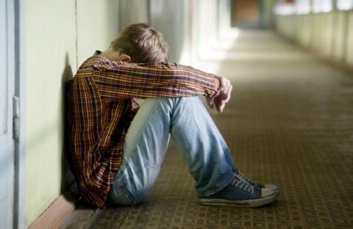 Подростковый суицид - что это, психологические особенности и причины, профилактика