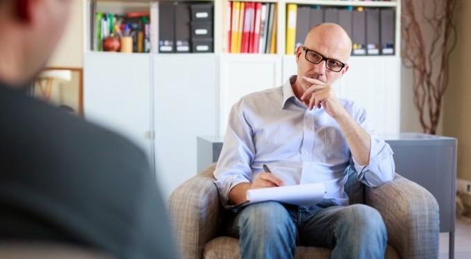 Прием психотерапевта – как проходить, себя вести и что говорить