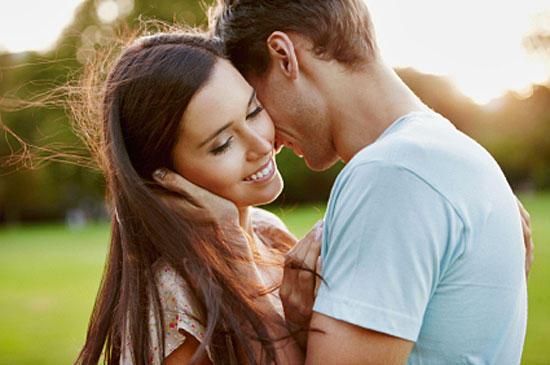 Признаки влюбленного мужчины – как распознать?