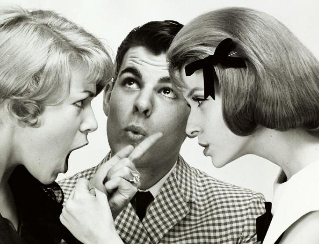 Признаки измены мужа – как распознать и определить по поведению