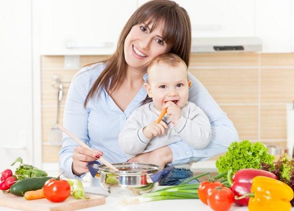 Диета для кормящей мамы: как организовать питание после родов, чтобы похудеть и не навредить малышу
