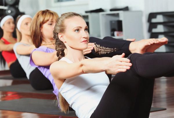 Фитнес-упражнения для похудения: виды, инвентарь, лучшая программа в домашних условиях и фитнес зале