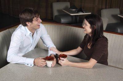 Как покорить девушку на первом свидании?