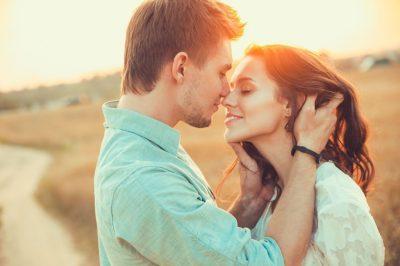 Конфетно-букетный период в отношениях – этапы