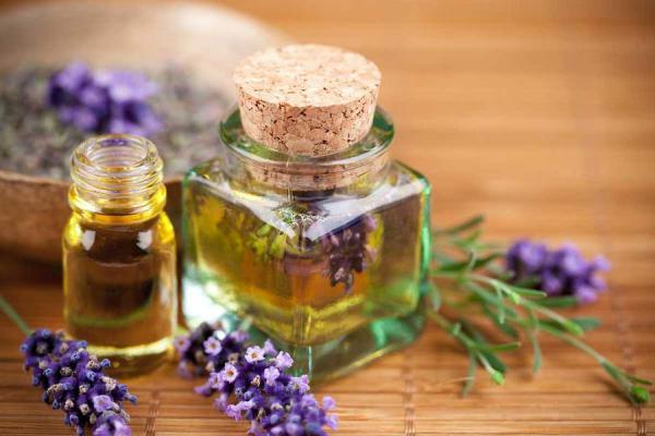 Оливковое масло — незаменимое средство для ухода за лицом