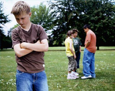 Особенности общения с детьми, со сверстниками, со взрослыми