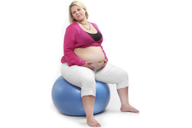 Ожирение и беременность: 8 осложнений, которых стоит опасаться и особенности ведения