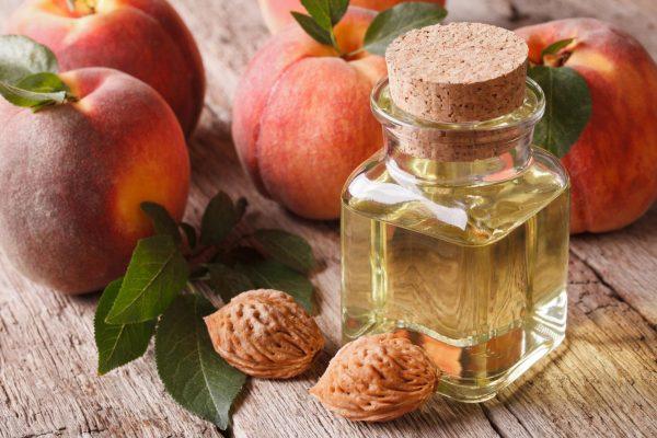 Персиковое масло для ресниц и бровей