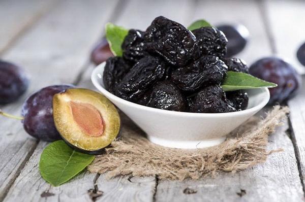 Разгрузочный день на черносливе: как похудеть без мучений
