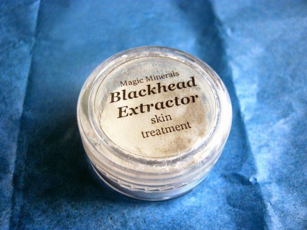 Средства от чёрных точек: как очистить кожу лица в домашних условиях