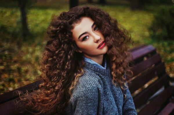 Термозащита на страже красоты ваших волос: как выбрать и пользоваться правильно