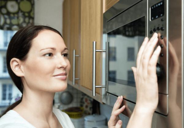 Три способа растопить воск в домашних условиях