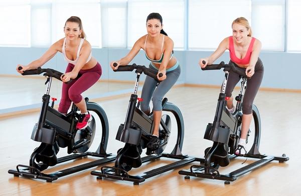 Велотренажёр для похудения: самые эффективные программы тренировок в домашних условиях