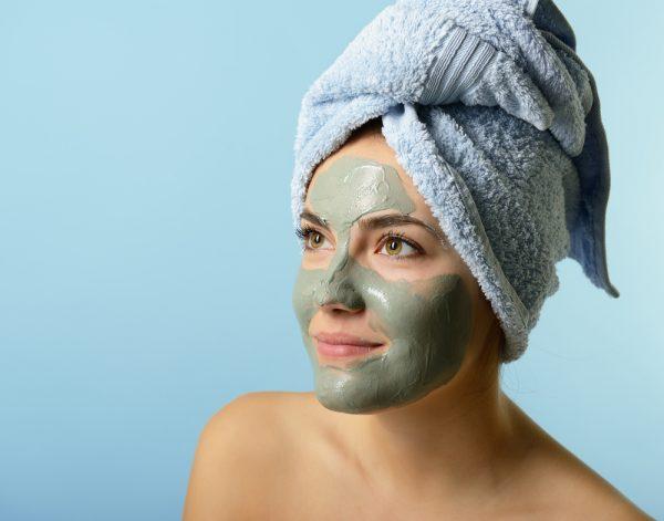 Яичные маски как безоперационный метод подтяжки кожи лица