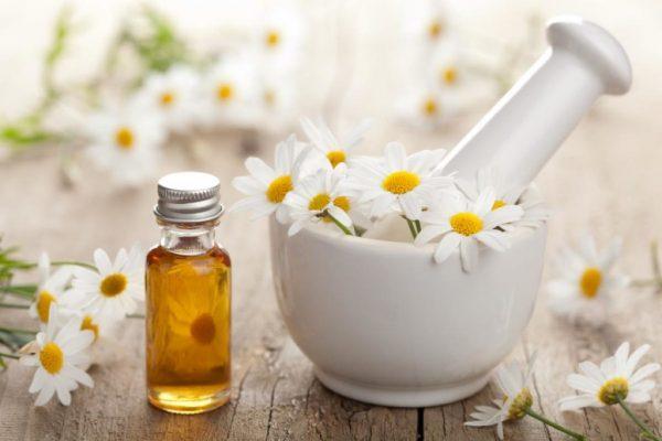Абрикосовое масло для ухода за лицом: польза и рецепты