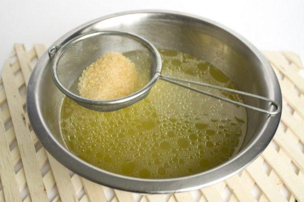 Борьба с морщинами с помощью оливкового масла
