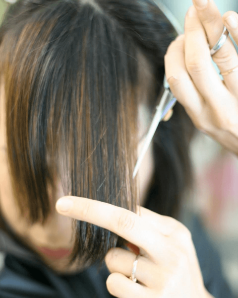 Длинная чёлка: как самостоятельно подстричь и сделать укладку