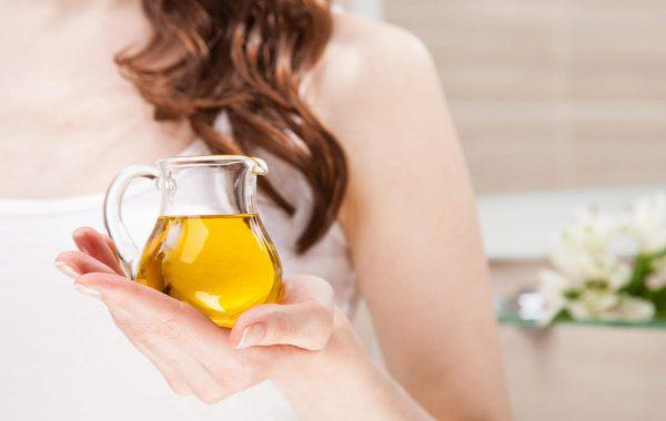 Как использовать масло корицы в уходе за кожей и для ароматерапии