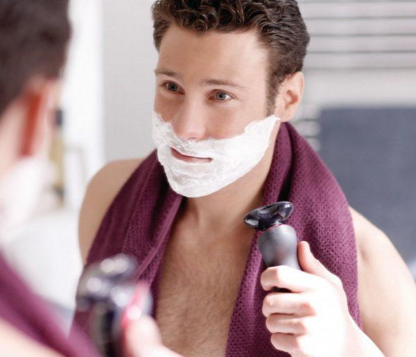 Как правильно брить ноги, или Почему не стоит одалживать станок у мужа