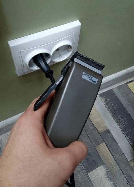 Как смазать машинку для стрижки волос и подобрать масло