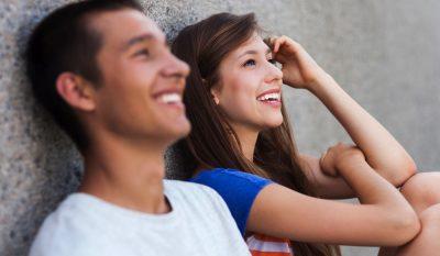 Как влюбить в себя девушку, если она считает тебя другом?