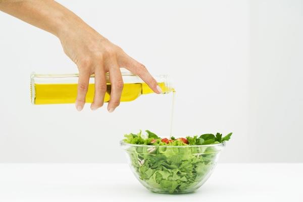 Льняное масло для похудения: расщепляет жир неизвестным науке образом