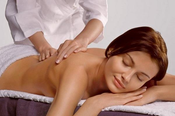 Лимфодренажный массаж для похудения: техника выполнения в домашних условиях и салоне