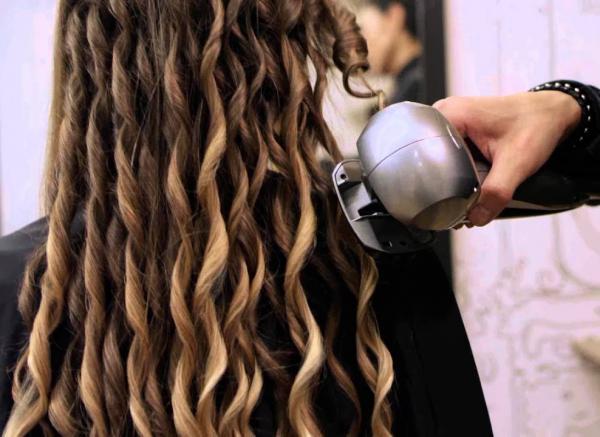 Профессиональные плойки для волос: лучшие модели 2018 года