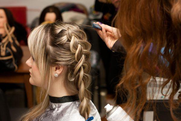 Девичья краса: плетём объёмные косы